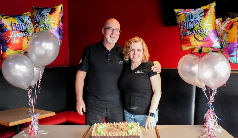 Stan's Pizza Joint Turns 10!